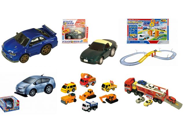 大人気のプルバックミニカー!マルカ☆ドライブタウンシリーズ。新商品の電動ハイパームーブシリーズもあります。